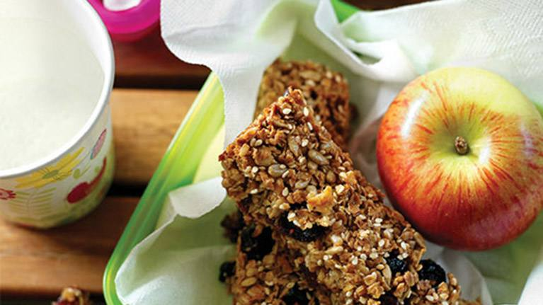 recipe image Fruit and Cereal Bars