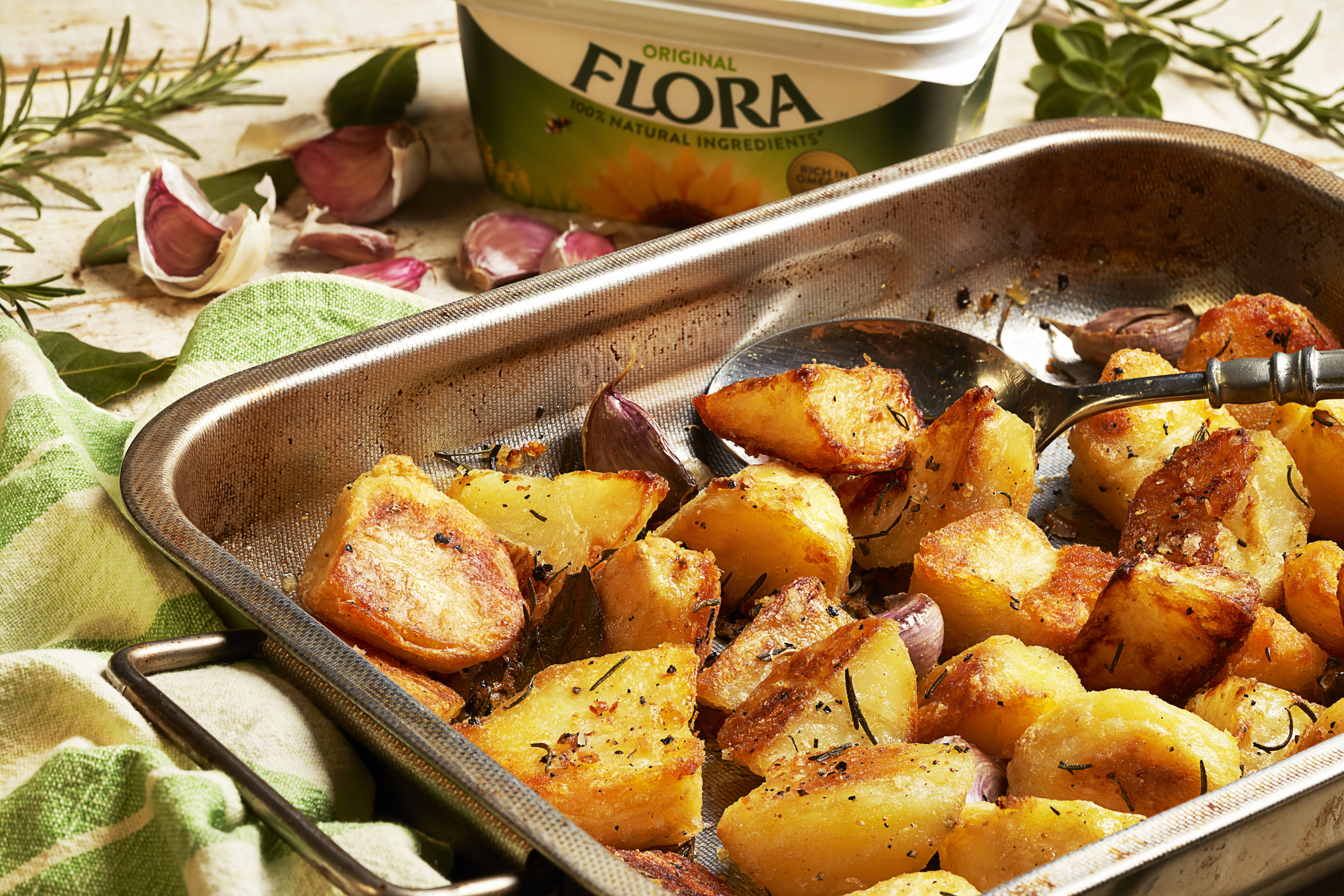 recipe image Deliciously crispy roast potatoes