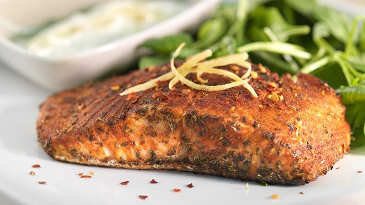 recipe image Pan-fried Paprika Chilli Salmon