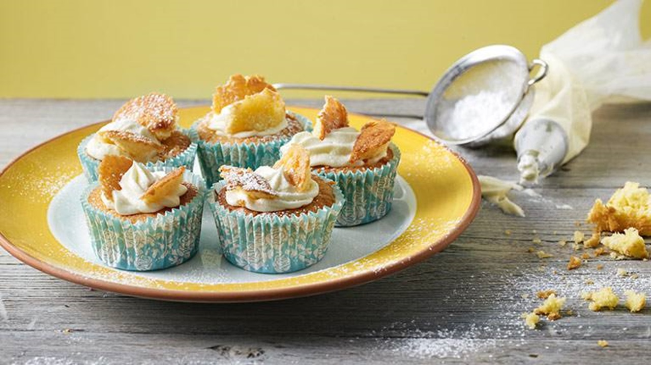 recipe image Lemon Butterfly Cupcakes