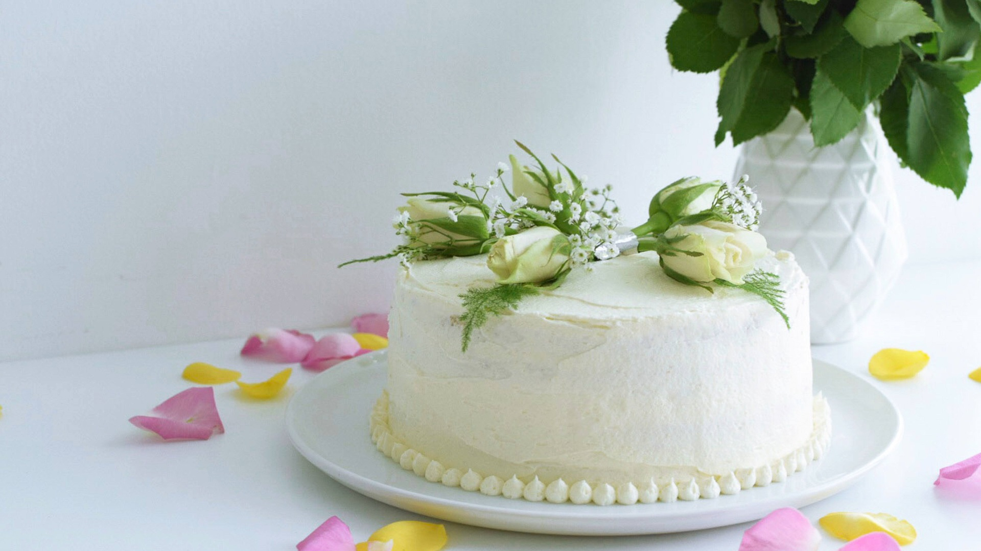 recipe image Elderflower and Lemon Curd Celebration Cake