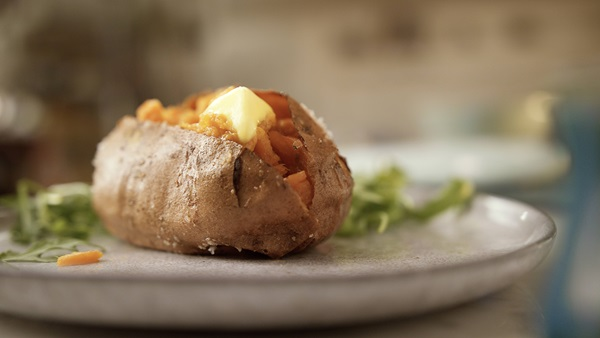 recipe image Smokey Stuffed Sweet Potatoes