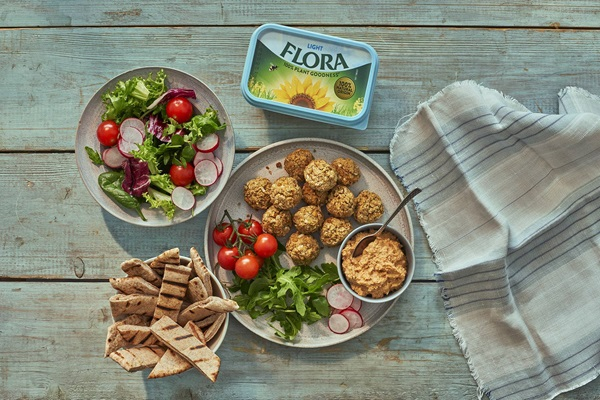 recipe image Refuel Falafel and Houmous Platter